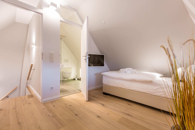 Ferienwohnung im green teft in keitum immofoto sylt for Jugendzimmer beispiele